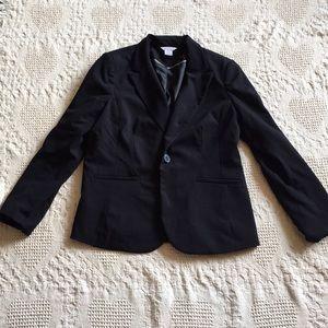 Black blazer!